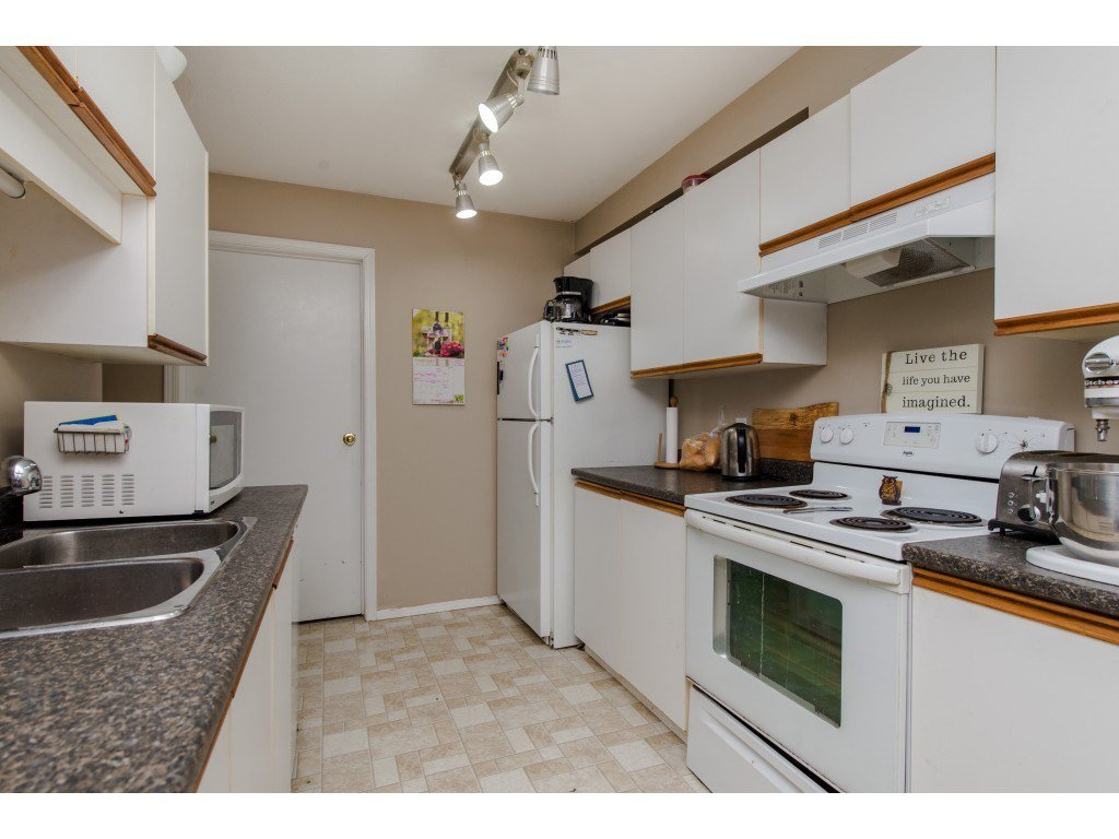 "Photo 9: Photos: 111 7694 EVANS Road in Sardis: Sardis West Vedder Rd Condo for sale in ""Creekside Estates"" : MLS®# R2398224"