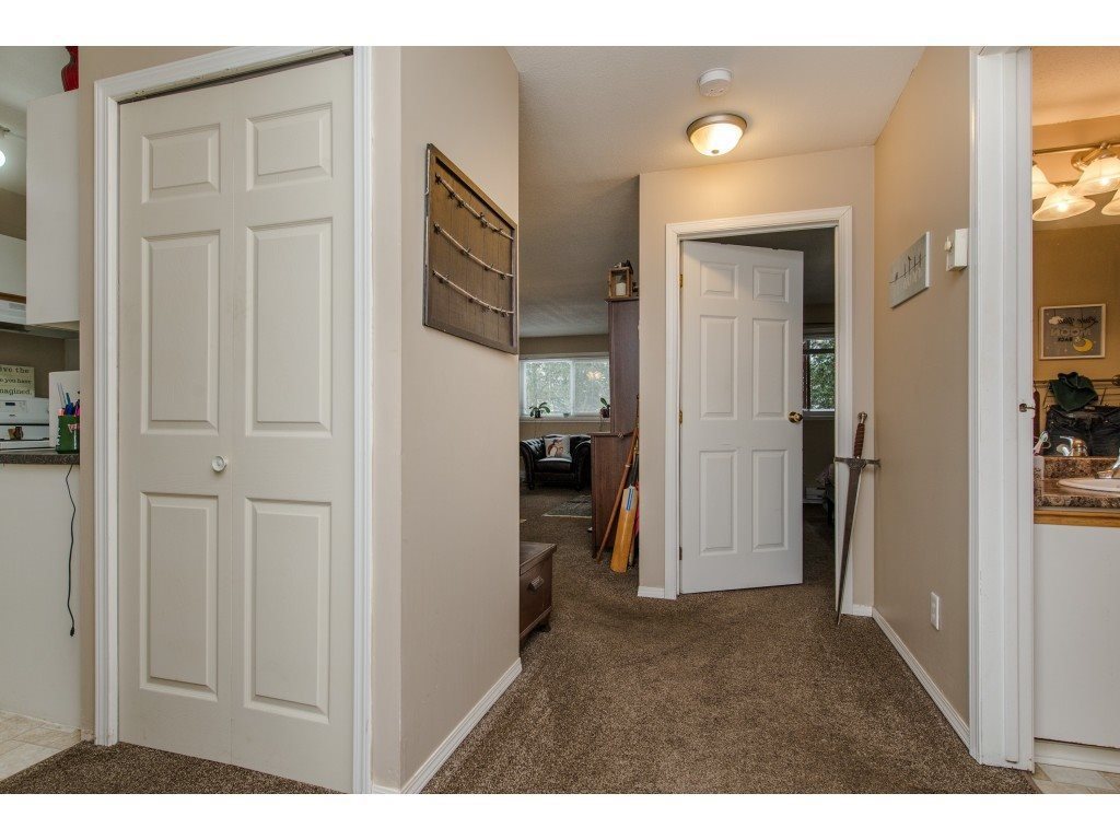 "Photo 3: Photos: 111 7694 EVANS Road in Sardis: Sardis West Vedder Rd Condo for sale in ""Creekside Estates"" : MLS®# R2398224"
