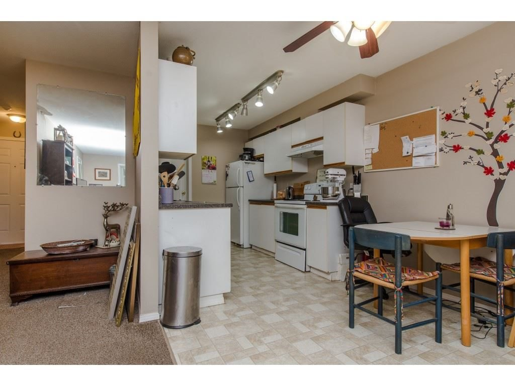 "Photo 13: Photos: 111 7694 EVANS Road in Sardis: Sardis West Vedder Rd Condo for sale in ""Creekside Estates"" : MLS®# R2398224"