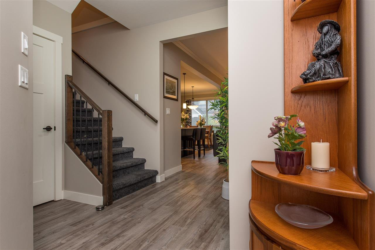 """Main Photo: 14 7411 MORROW Road: Agassiz Townhouse for sale in """"SAWYER'S LANDING"""" : MLS®# R2408831"""