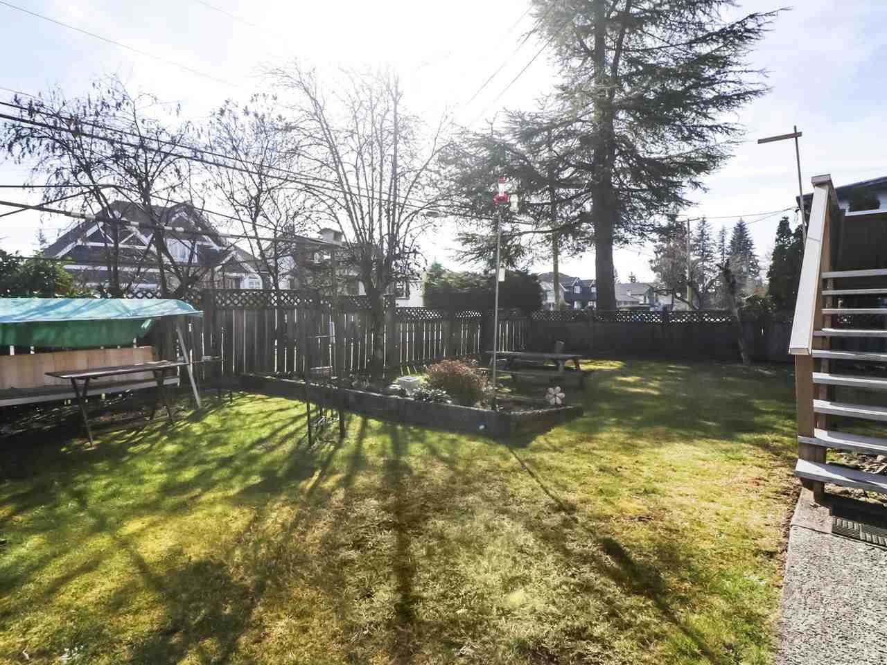 Photo 18: Photos: 730 SCHOOLHOUSE Street in Coquitlam: Central Coquitlam House for sale : MLS®# R2446516