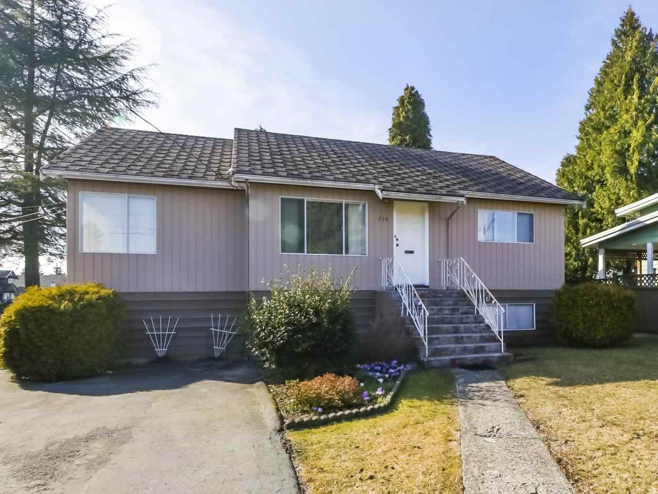 Photo 2: Photos: 730 SCHOOLHOUSE Street in Coquitlam: Central Coquitlam House for sale : MLS®# R2446516