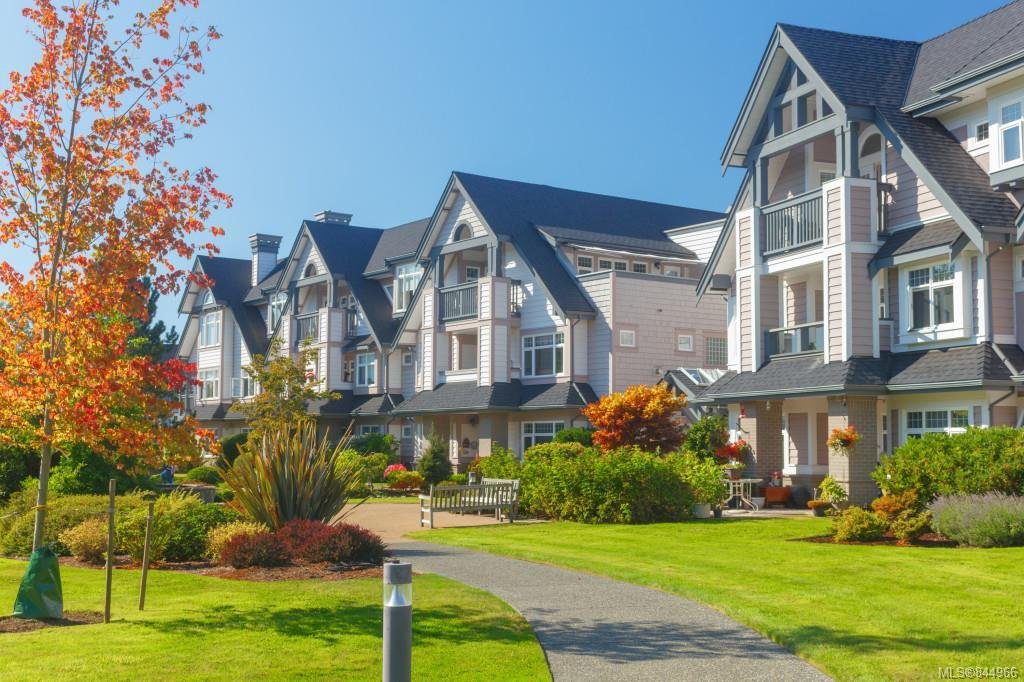 Main Photo: 335 4490 Chatterton Way in Saanich: SE Broadmead Condo Apartment for sale (Saanich East)  : MLS®# 844966