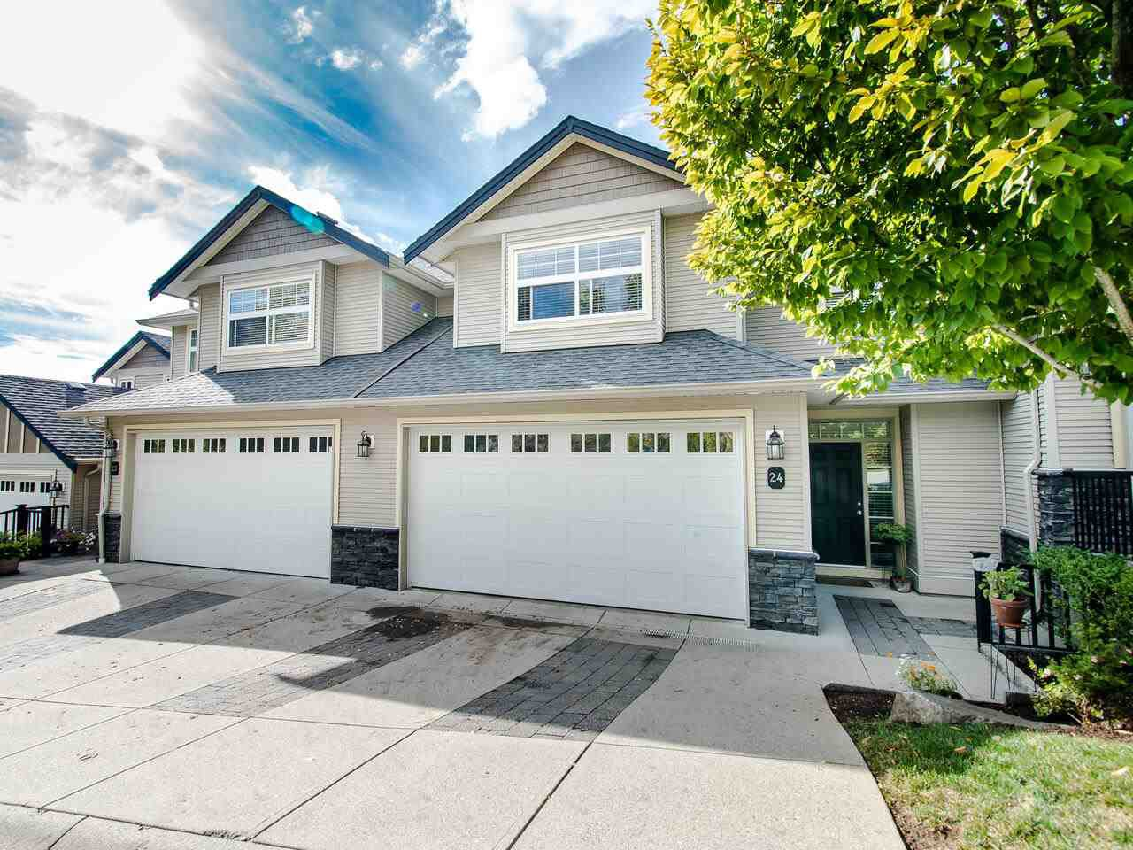 "Main Photo: 24 36260 MCKEE Road in Abbotsford: Abbotsford East Townhouse for sale in ""King's Gate"" : MLS®# R2501750"