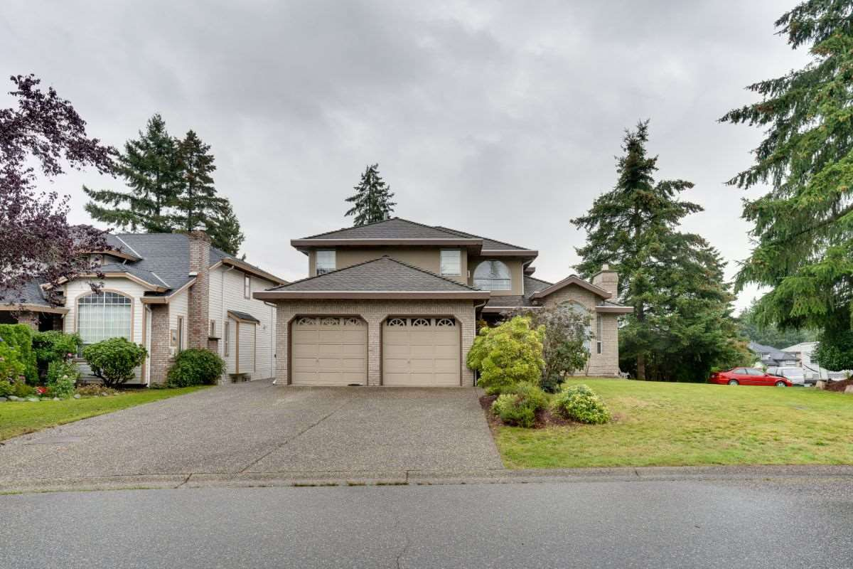 """Main Photo: 10726 PLUMTREE Close in Surrey: Fraser Heights House for sale in """"FRASER HEIGHTS"""" (North Surrey)  : MLS®# R2508630"""