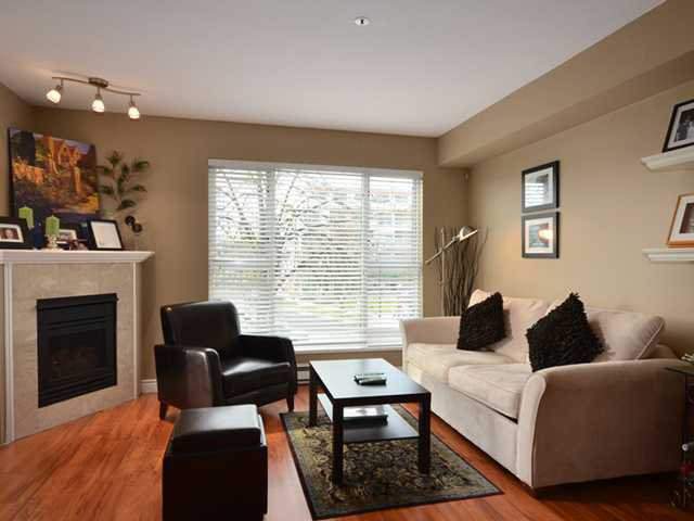 """Main Photo: 207 3480 MAIN Street in Vancouver: Main Condo for sale in """"THE NEWPORT"""" (Vancouver East)  : MLS®# V928673"""