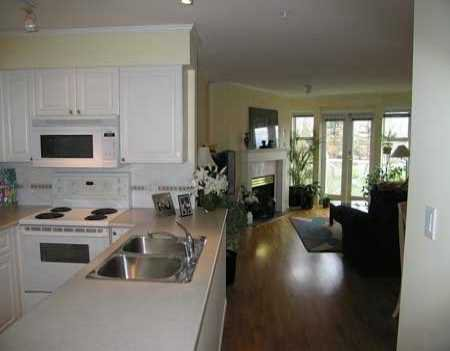 """Photo 5: Photos: 306 1562 W 5TH AV in Vancouver: False Creek Condo for sale in """"GRYPHON COURT"""" (Vancouver West)  : MLS®# V589331"""