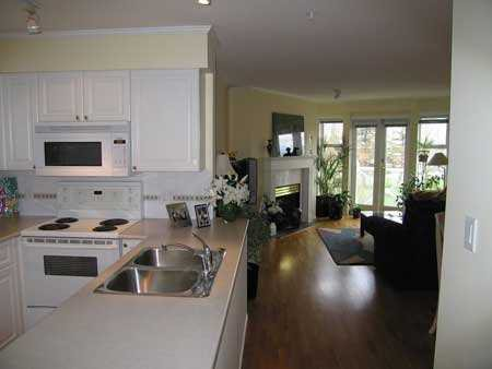 """Photo 3: Photos: 306 1562 W 5TH AV in Vancouver: False Creek Condo for sale in """"GRYPHON COURT"""" (Vancouver West)  : MLS®# V589331"""