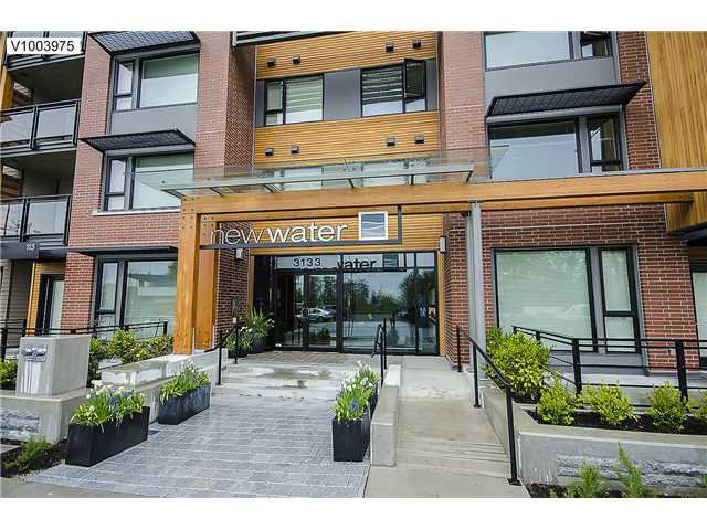 "Main Photo: 111 3133 RIVERWALK Avenue in Vancouver: Fraser VE Condo for sale in ""NEW WATER"" (Vancouver East)  : MLS®# V1003975"