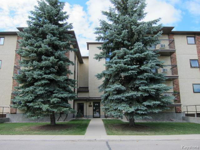 Main Photo: 679 St Anne's Road in WINNIPEG: St Vital Condominium for sale (South East Winnipeg)  : MLS®# 1317387