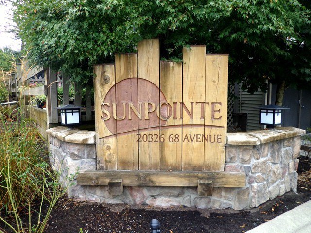 """Main Photo: 25 20326 68TH Avenue in Langley: Willoughby Heights Townhouse for sale in """"SUNPOINTE"""" : MLS®# F1321274"""