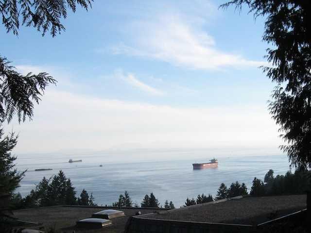 Main Photo: 3801 BAYRIDGE AV in West Vancouver: Bayridge House for sale : MLS®# V1023302