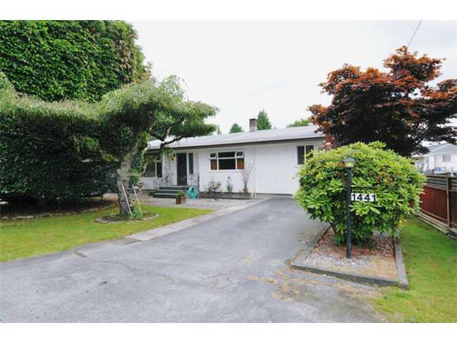 Main Photo: 1441 Pitt River Road in Port Coquitlam: Lower Mary Hill House for sale : MLS®# V900335