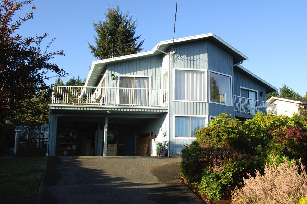 Main Photo: 348 Polar Ave. in Qualicum Beach: Z5 Qualicum Beach House for sale (Zone 5 - Parksville/Qualicum)  : MLS®# 397608