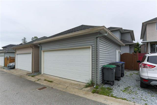 Photo 20: Photos: 16627 59A Avenue in Surrey: Cloverdale BC House for sale (Cloverdale)  : MLS®# R2287979