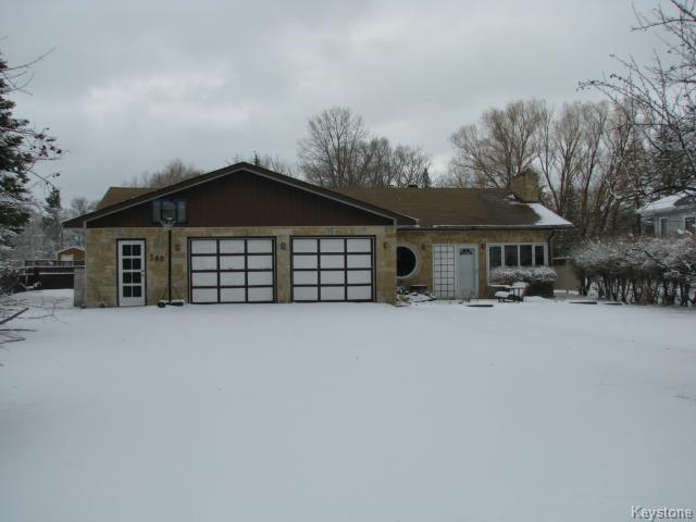 Main Photo: 240 St Alphonse: Residential for sale (R06)  : MLS®# 1505964