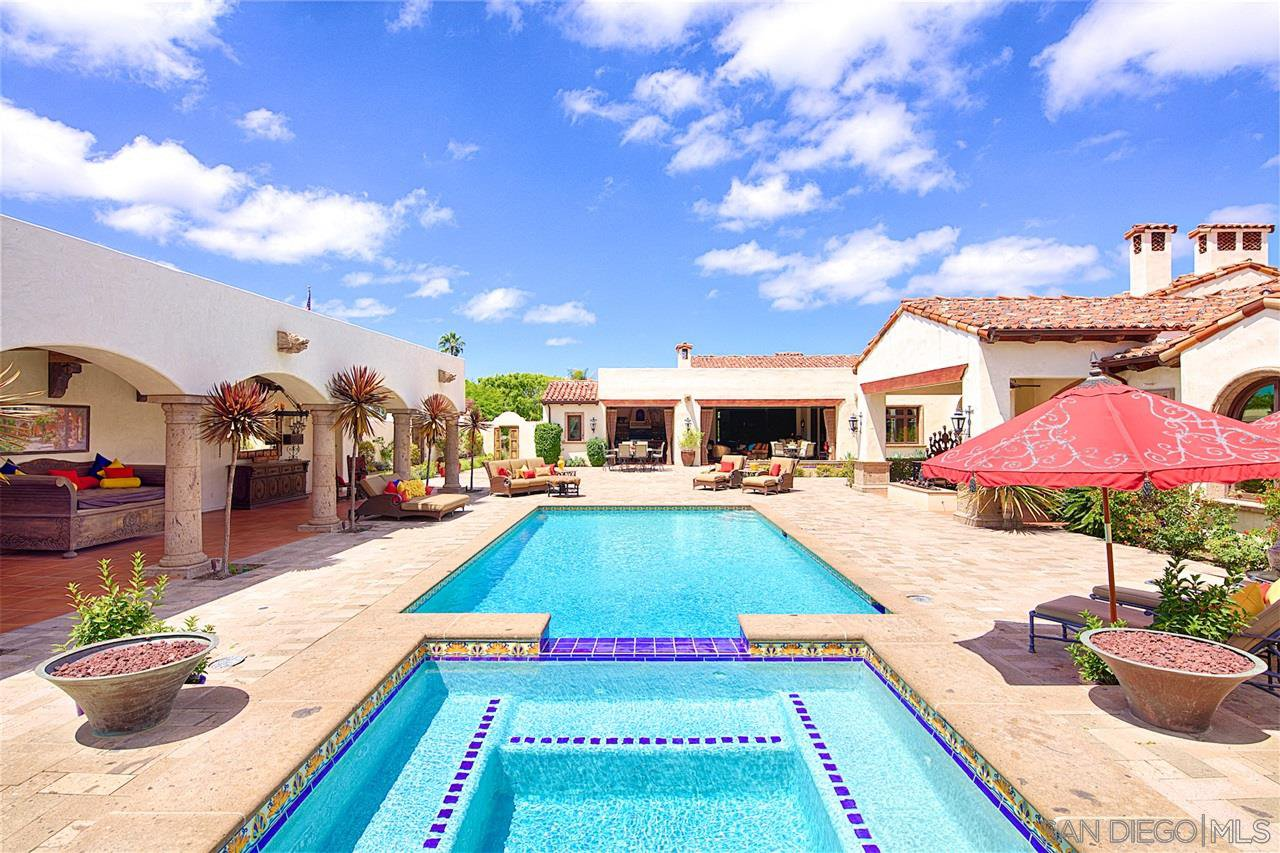 Main Photo: House for sale (Rancho Sante Fe)  : 5 bedrooms : 6900 Via Del Charro in Rancho Santa Fe