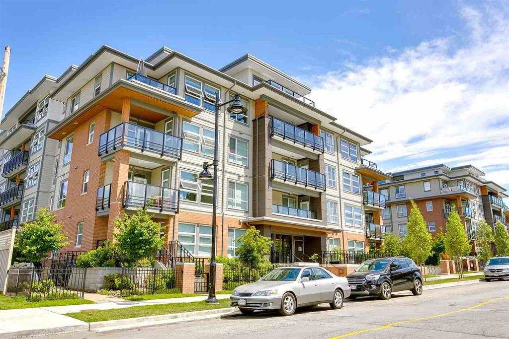 "Main Photo: 406 607 COTTONWOOD Avenue in Coquitlam: Coquitlam West Condo for sale in ""Stanton House By Polygon"" : MLS®# R2427612"