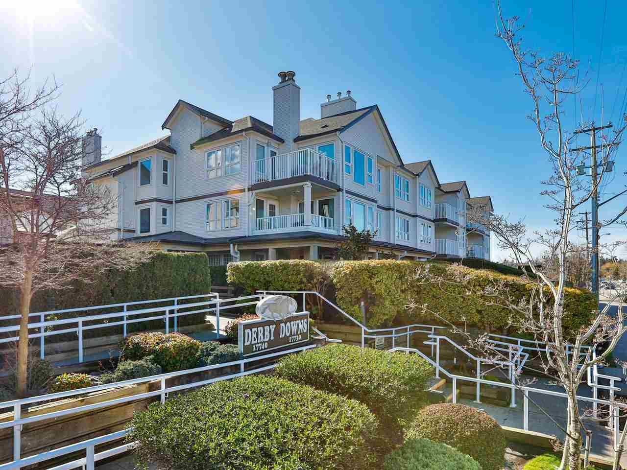 """Main Photo: 207 17730 58A Avenue in Surrey: Cloverdale BC Condo for sale in """"Derby Downs"""" (Cloverdale)  : MLS®# R2441081"""