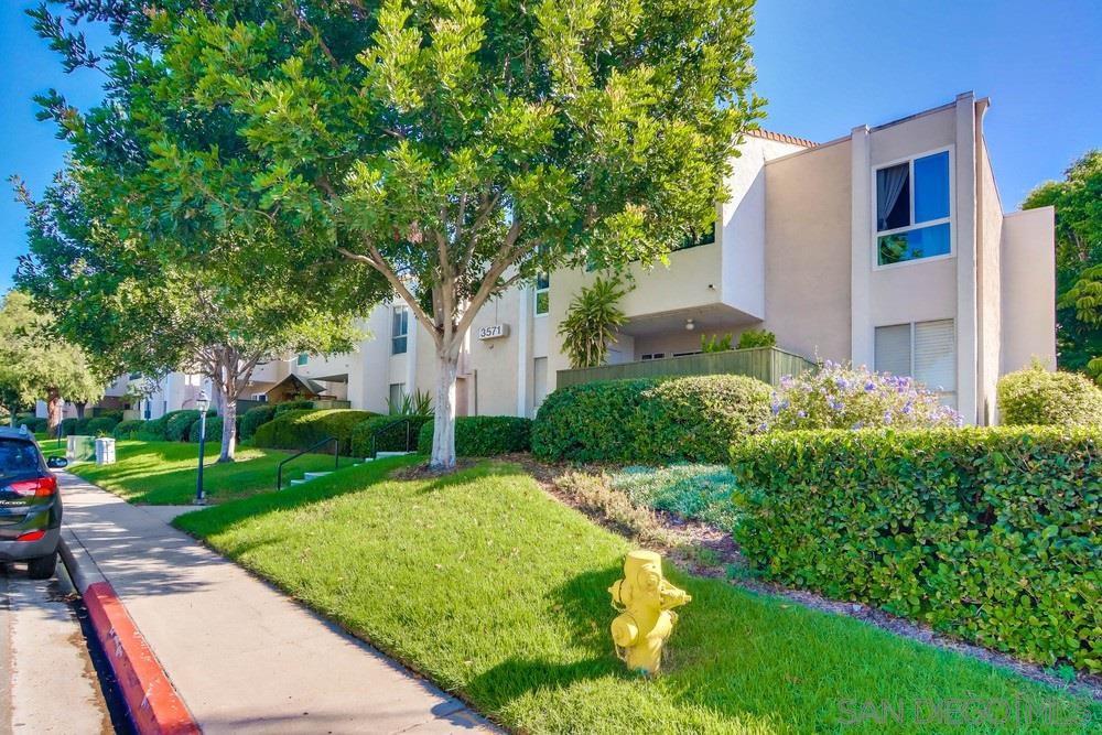 Main Photo: SERRA MESA Condo for sale : 2 bedrooms : 3571 Ruffin Rd #240 in San Diego