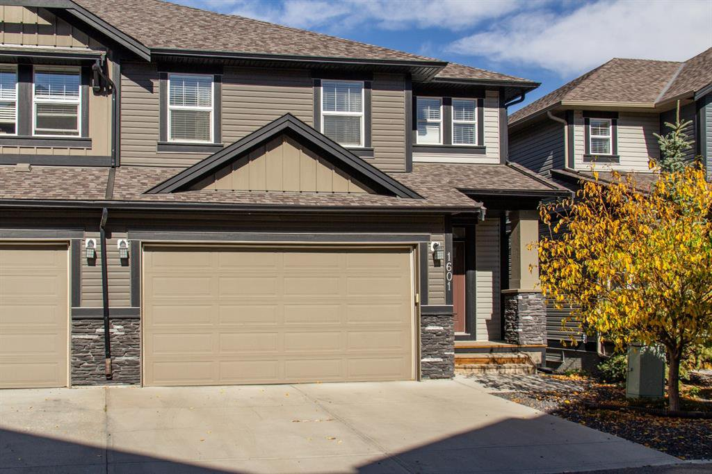 Main Photo: 1601 1086 Williamstown Boulevard NW: Airdrie Row/Townhouse for sale : MLS®# A1038229