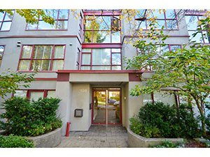 Main Photo: 2140 W.12th Ave in Vancouver: Number of Units - 22 Condo for sale ()