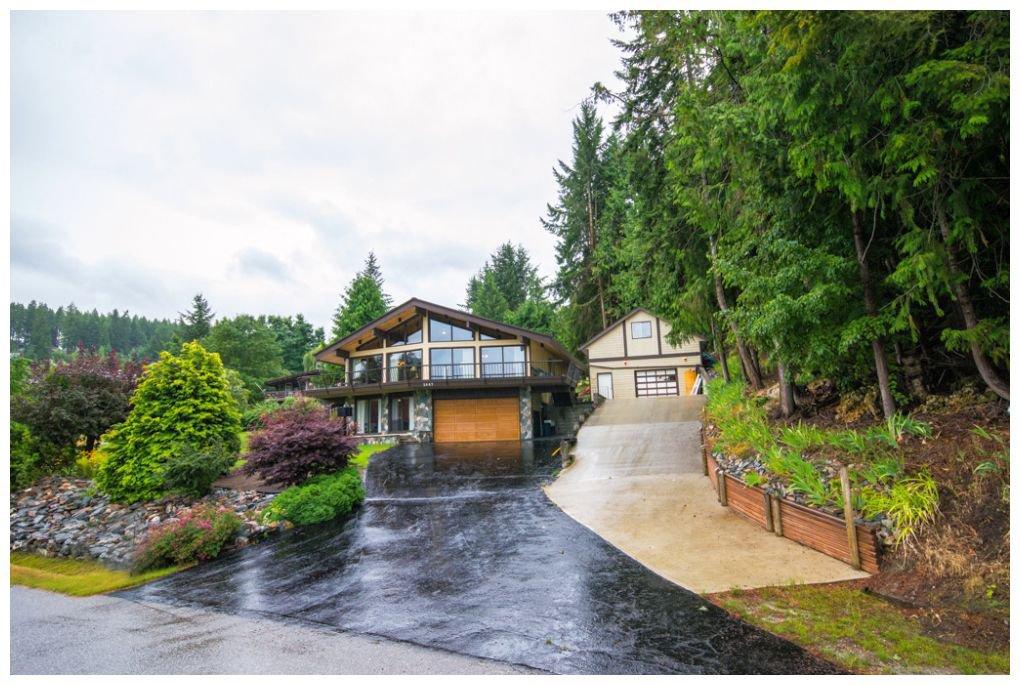 Main Photo: 2987 Cedar Drive in Blind Bay: Cedar Heights House for sale : MLS®# 10102487