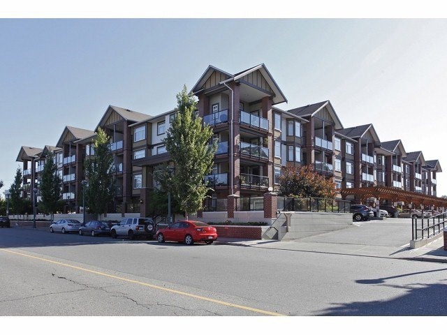 Main Photo: # 149 5660 201A ST in Langley: Langley City Condo for sale : MLS®# F1426511