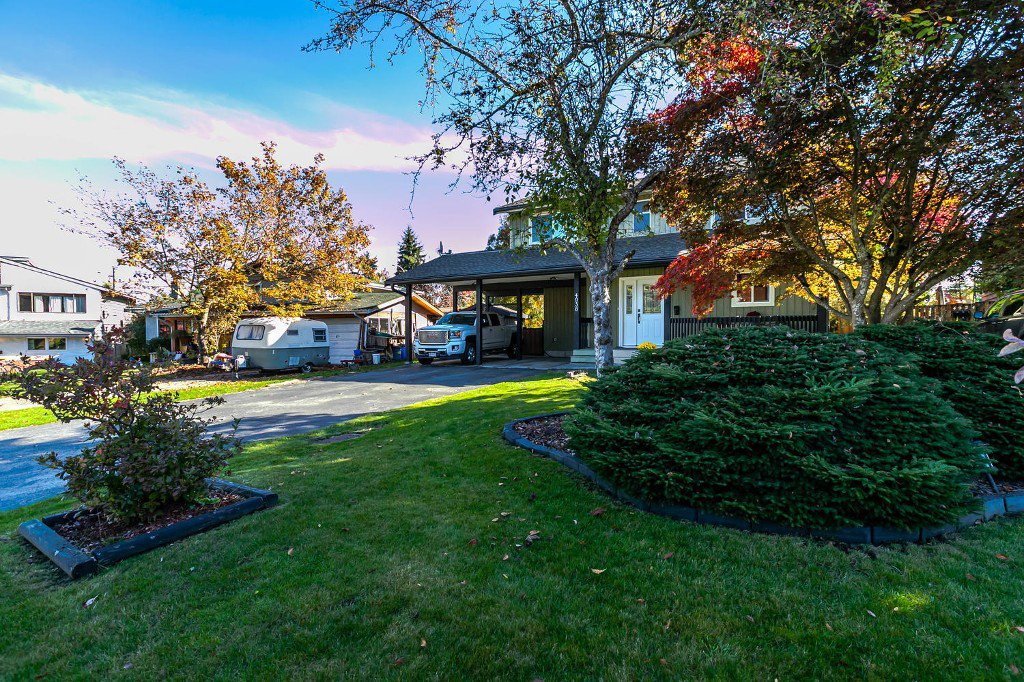 Photo 8: Photos: 4936 207b Street in Langley: Langley City House for sale : MLS®# R2117178