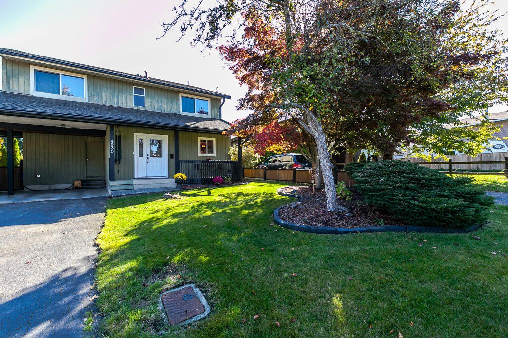 Photo 2: Photos: 4936 207b Street in Langley: Langley City House for sale : MLS®# R2117178