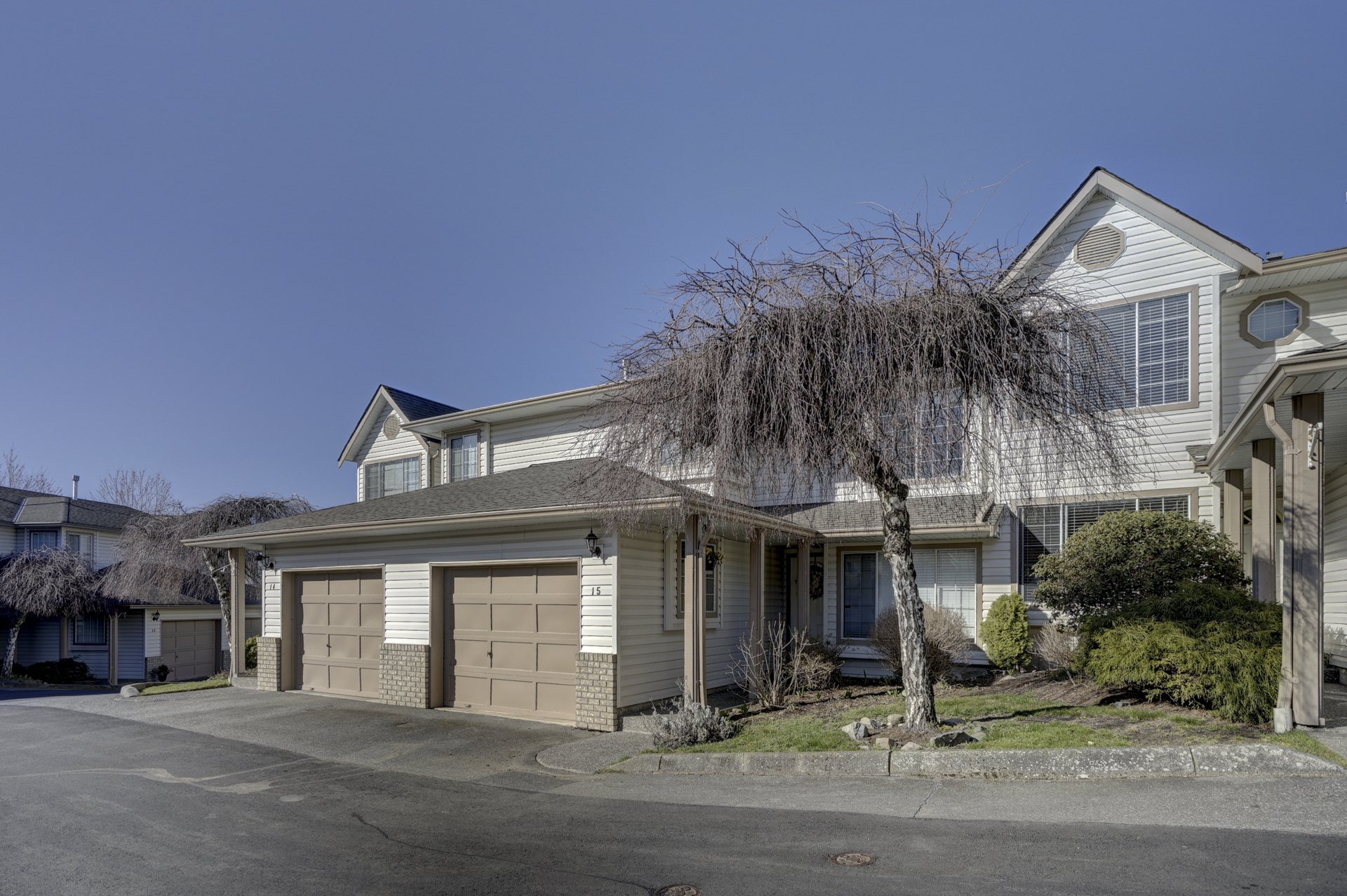 Main Photo: 15 2575 McAdam in Abbotsford: Abbotsford East Townhouse for sale : MLS®# R2349950