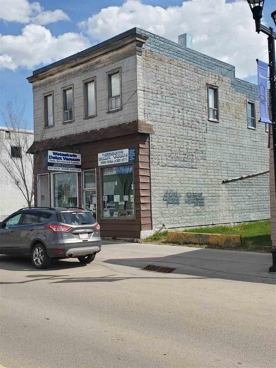 Main Photo: 4809 50 Avenue: Wetaskiwin Business for sale : MLS®# E4183704