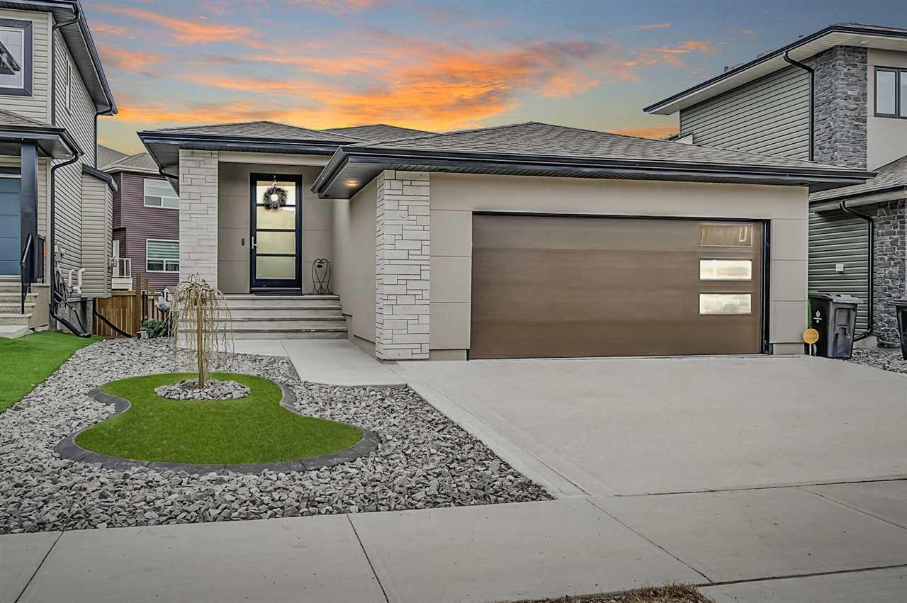 Main Photo: 445 MEADOWVIEW Drive: Fort Saskatchewan House for sale : MLS®# E4195505