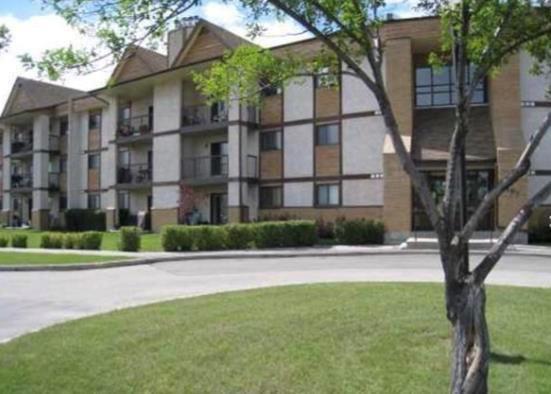 Main Photo: 4114 193 Victor Lewis Drive in Winnipeg: Linden Woods Condominium for sale (1M)  : MLS®# 202017232