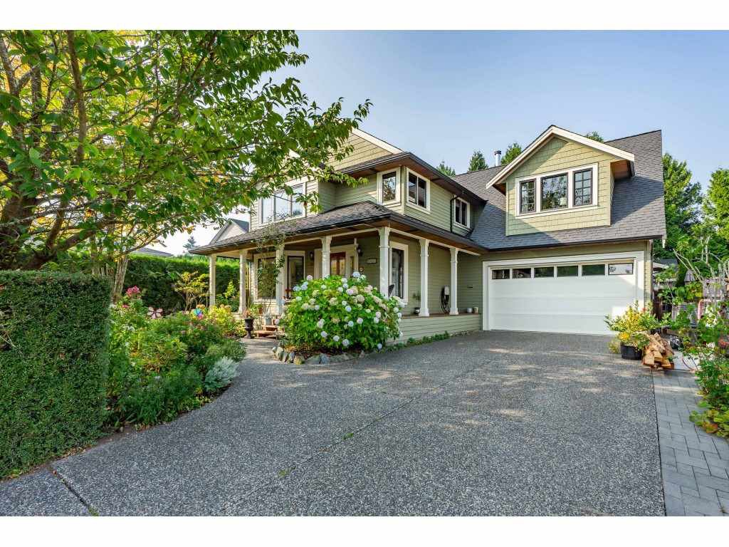 Main Photo: 19025 62 Avenue in Surrey: Cloverdale BC House for sale (Cloverdale)  : MLS®# R2497585