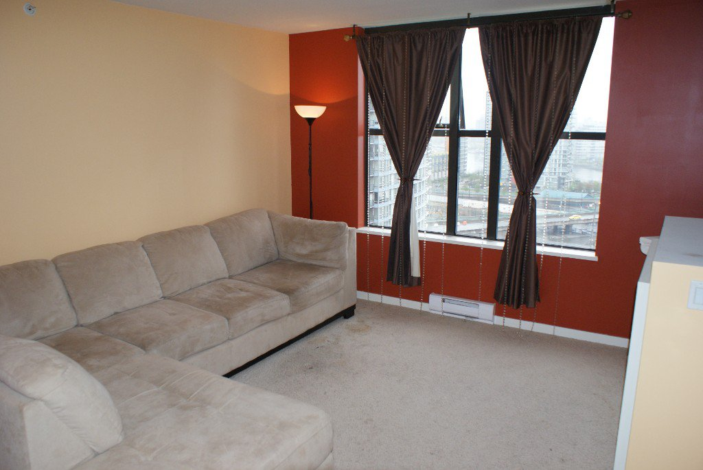 Photo 8: Photos: 989 Beatty Street in Vancouver: Yaletown Condo for rent (Vancouver West)