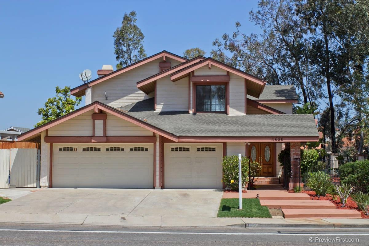 Main Photo: Residential for sale : 4 bedrooms : 11680 Scripps Lake Drive in San Diego