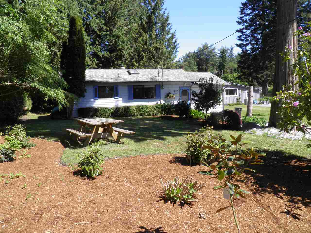 Main Photo: 1002 FAIRVIEW ROAD in Gibsons: Gibsons & Area House for sale (Sunshine Coast)  : MLS®# R2068848