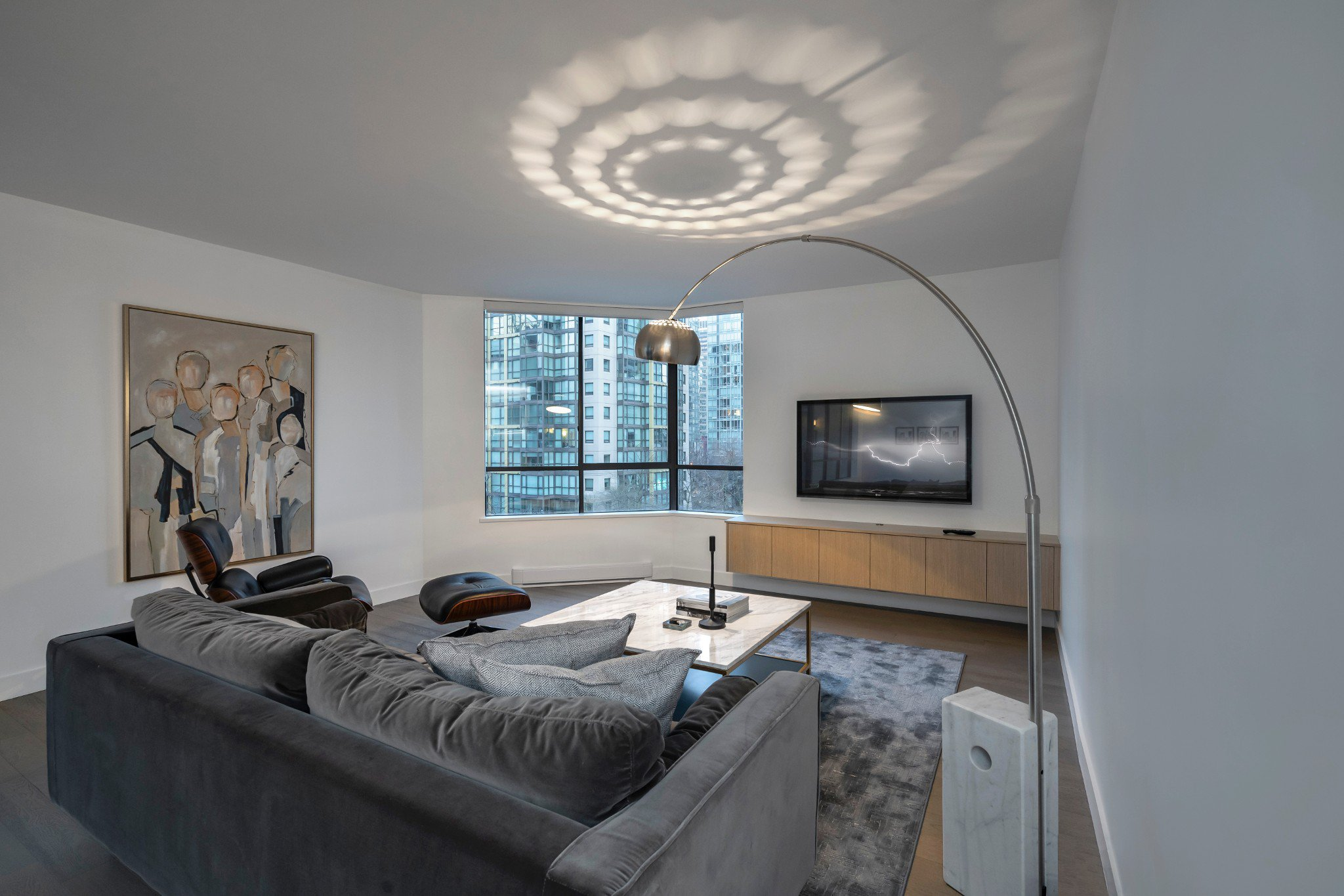 Main Photo: 738 Broughton in Vancouver: Coal Harbour Condo for lease (Vancouver West)