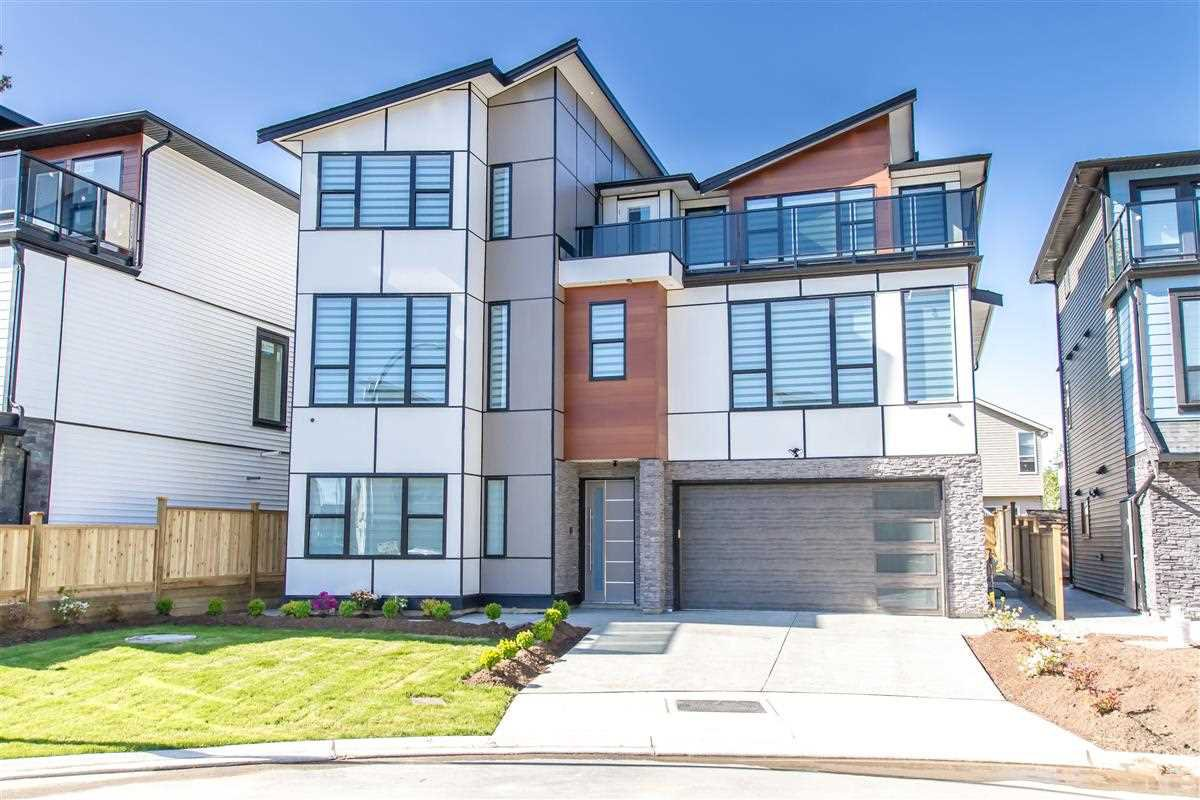 Main Photo: 23071 CLIFF Avenue in Maple Ridge: East Central House for sale : MLS®# R2455077