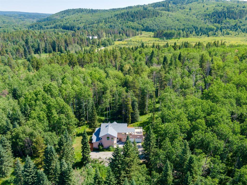 Main Photo: 194196 Hwy 762 Highway: Rural Foothills County Detached for sale : MLS®# A1024119
