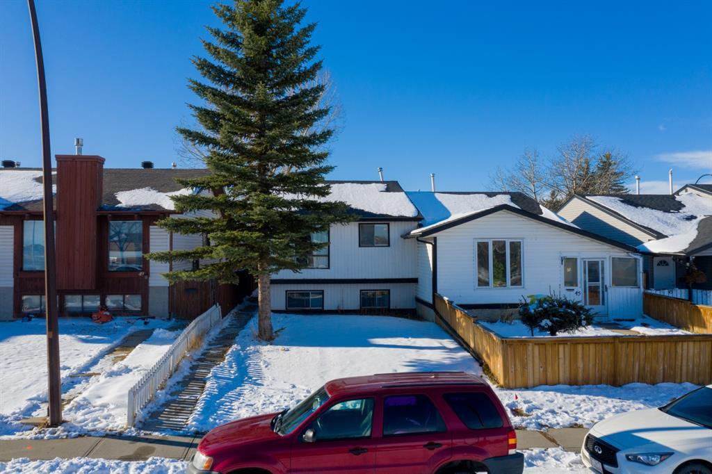 Main Photo: 47 Falbury Crescent NE in Calgary: Falconridge Semi Detached for sale : MLS®# A1049837