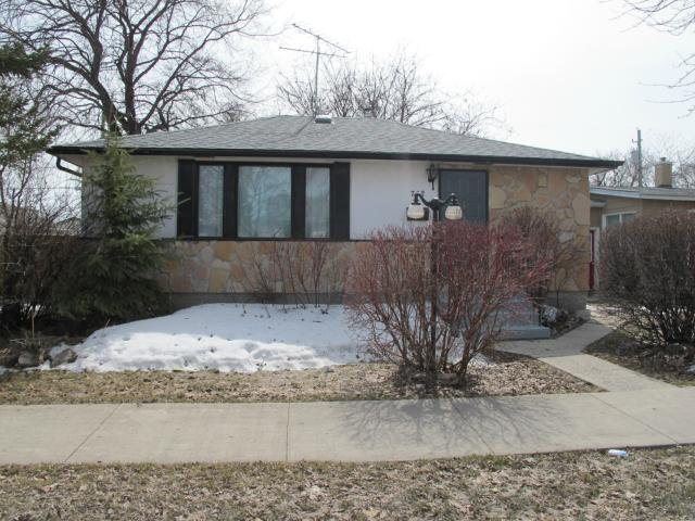 Main Photo:  in WINNIPEG: East Kildonan Residential for sale (North East Winnipeg)  : MLS®# 1307450