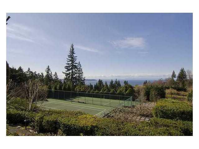"""Photo 10: Photos: 302 3105 DEER RIDGE Drive in West Vancouver: Deer Ridge WV Condo for sale in """"DEER RIDGE"""" : MLS®# V1026382"""