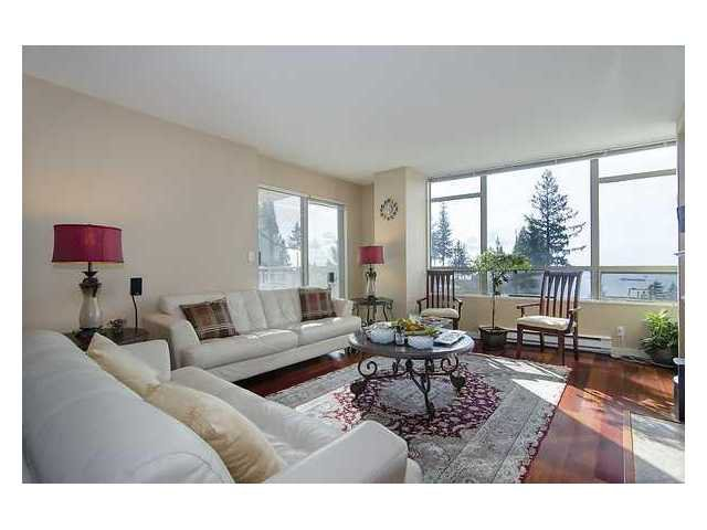 """Photo 3: Photos: 302 3105 DEER RIDGE Drive in West Vancouver: Deer Ridge WV Condo for sale in """"DEER RIDGE"""" : MLS®# V1026382"""