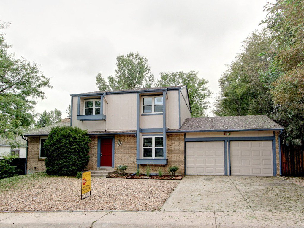 Main Photo: 15282 E. Radcliff Drive in Aurora: House for sale : MLS®# 1231553