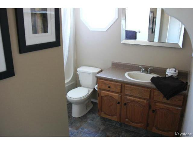 Photo 14: Photos: 779 Laxdal Road in WINNIPEG: Charleswood Residential for sale (South Winnipeg)  : MLS®# 1403542
