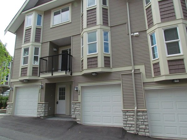 Main Photo: #26 33313 George Ferguson Way in Abbotsford: Central Abbotsford Townhouse for rent