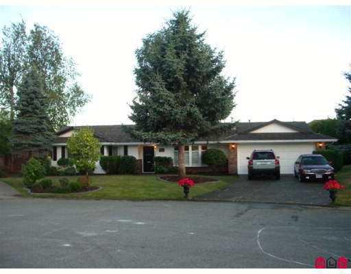"""Main Photo: 14076 17B AV in White Rock: Sunnyside Park Surrey House for sale in """"Sunnyside Park"""" (South Surrey White Rock)  : MLS®# F2619727"""