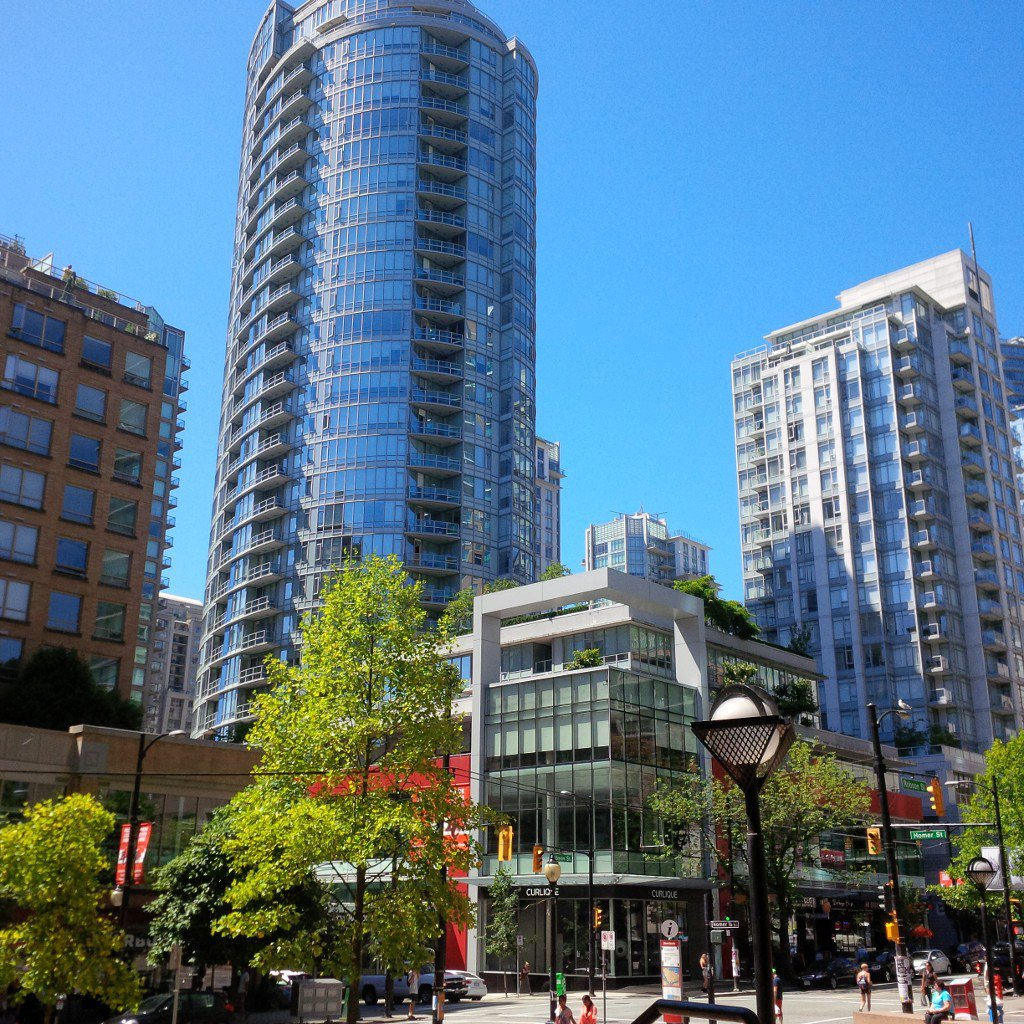 Photo 1: Photos: 833 Homer St in Vancouver: Yaletown Condo for rent (Vancouver West)